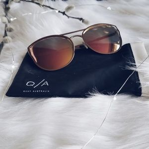 QUAY ROSE PINK CHERRY BOMB AVIATOR SUNNIES